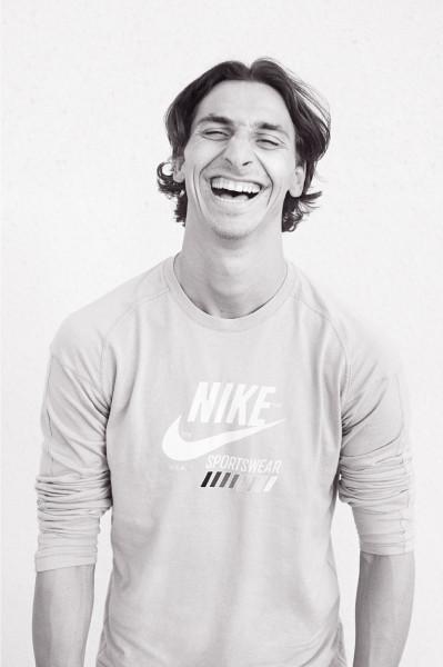 AR_Nike_10_Zlatan